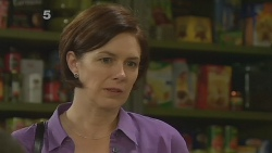 Cathy McPhee in Neighbours Episode 6189