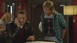 Paul Robinson, Andrew Robinson in Neighbours Episode 6190
