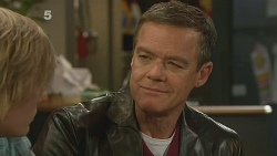 Andrew Robinson, Paul Robinson in Neighbours Episode 6190