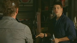 Lucas Fitzgerald, Chris Pappas in Neighbours Episode 6190