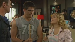 Michael Williams, Chris Pappas, Natasha Williams in Neighbours Episode 6191