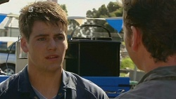 Chris Pappas, Lucas Fitzgerald in Neighbours Episode 6191