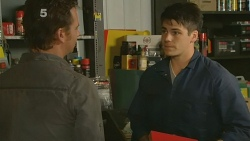 Lucas Fitzgerald, Chris Pappas in Neighbours Episode 6191