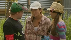 Callum Jones, Sonya Mitchell, Sophie Ramsay in Neighbours Episode 6193