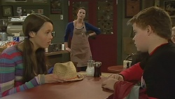 Sophie Ramsay, Kate Ramsay, Callum Jones in Neighbours Episode 6193