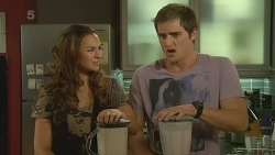 Jade Mitchell, Kyle Canning in Neighbours Episode 6194