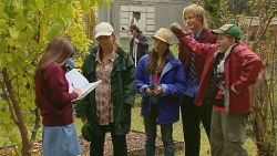 Summer Hoyland, Sonya Mitchell, Sophie Ramsay, Andrew Robinson, Callum Jones in Neighbours Episode 6194