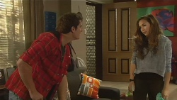 Kyle Canning, Jade Mitchell in Neighbours Episode 6196