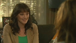 Danielle Paquette, Jade Mitchell in Neighbours Episode 6196