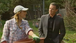 Sonya Mitchell, Paul Robinson in Neighbours Episode 6197