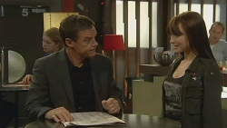Paul Robinson, Summer Hoyland in Neighbours Episode 6197