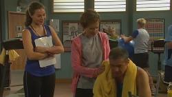Sonya Mitchell, Susan Kennedy, Karl Kennedy in Neighbours Episode 6198