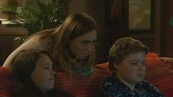 Sophie Ramsay, Sonya Mitchell, Callum Jones in Neighbours Episode 6199