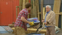 Kyle Canning, Lou Carpenter in Neighbours Episode 6200