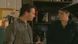 Lucas Fitzgerald, Chris Pappas in Neighbours Episode 6200