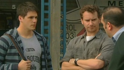 Chris Pappas, Lucas Fitzgerald, George Pappas in Neighbours Episode 6201