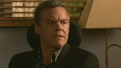 Paul Robinson in Neighbours Episode 6202