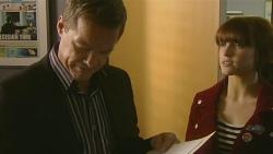 Paul Robinson, Summer Hoyland in Neighbours Episode 6203