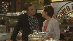 Paul Robinson, Susan Kennedy in Neighbours Episode 6203