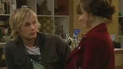 Andrew Robinson, Summer Hoyland in Neighbours Episode 6203