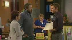 Susan Kennedy, Jim Dolan, Rhys Lawson in Neighbours Episode 6203
