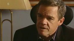 Paul Robinson in Neighbours Episode 6203