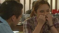 Toadie Rebecchi, Sonya Mitchell in Neighbours Episode 6207