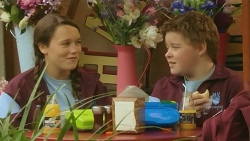 Sophie Ramsay, Callum Jones in Neighbours Episode 6207