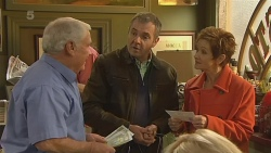Lou Carpenter, Karl Kennedy, Susan Kennedy in Neighbours Episode 6209