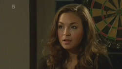 Jade Mitchell in Neighbours Episode 6209