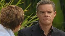 Susan Kennedy, Paul Robinson in Neighbours Episode 6210