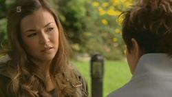 Jade Mitchell, Susan Kennedy in Neighbours Episode 6210