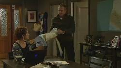 Susan Kennedy, Karl Kennedy in Neighbours Episode 6210