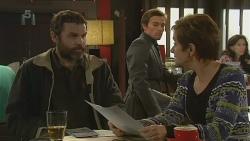 Jim Dolan, Rhys Lawson, Susan Kennedy in Neighbours Episode 6211