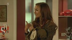 Jade Mitchell in Neighbours Episode 6212