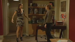 Jade Mitchell, Sonya Mitchell in Neighbours Episode 6212