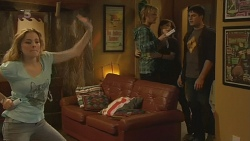 Natasha Williams, Andrew Robinson, Summer Hoyland, Chris Pappas in Neighbours Episode 6212