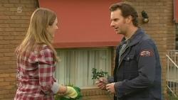Sonya Mitchell, Lucas Fitzgerald in Neighbours Episode 6213