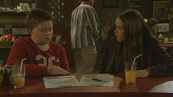 Callum Jones, Sophie Ramsay in Neighbours Episode 6214