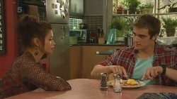 Michelle Tran, Kyle Canning in Neighbours Episode 6216