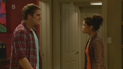 Kyle Canning, Michelle Tran in Neighbours Episode 6216
