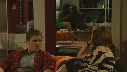 Kyle Canning, Michelle Tran, Lucas Fitzgerald, Jade Mitchell in Neighbours Episode 6218