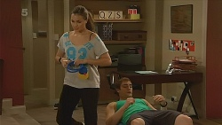 Jade Mitchell, Kyle Canning in Neighbours Episode 6218