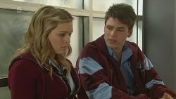 Natasha Williams, Chris Pappas in Neighbours Episode 6220