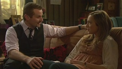 Toadie Rebecchi, Sonya Mitchell in Neighbours Episode 6222