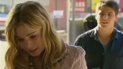 Natasha Williams, Chris Pappas in Neighbours Episode 6225
