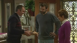 Karl Kennedy, Jim Dolan, Susan Kennedy in Neighbours Episode 6225