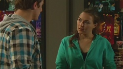 Kyle Canning, Jade Mitchell in Neighbours Episode 6227