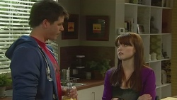 Chris Pappas, Summer Hoyland in Neighbours Episode 6228
