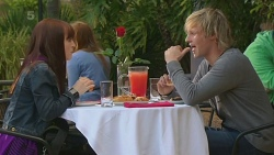 Summer Hoyland, Andrew Robinson in Neighbours Episode 6228
